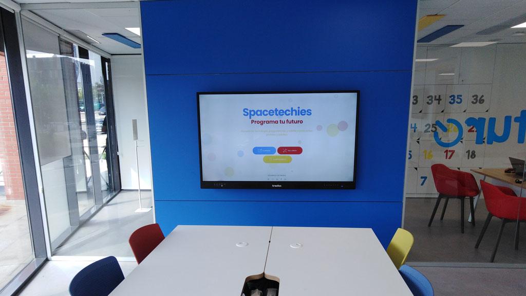 Soluciones Audiovisuales para empresas y colegios